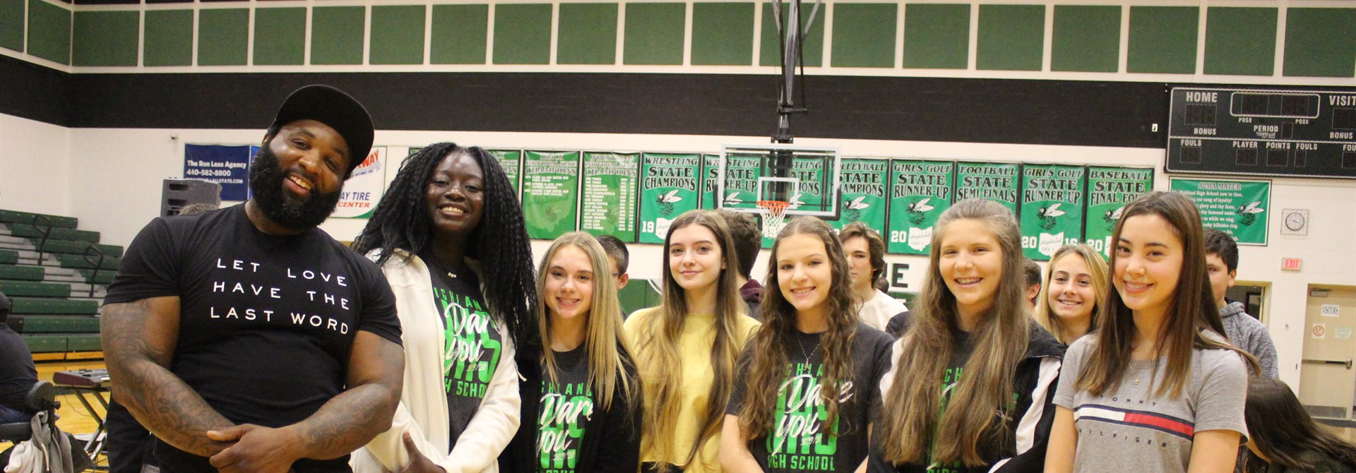 Elec Simon Delivers Poignant Message to HHS Students