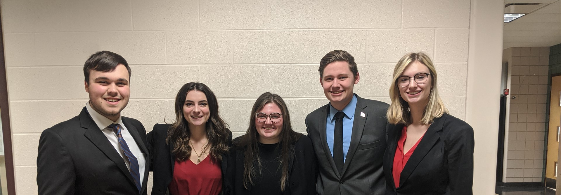 Speech & Debate Members Qualify for State